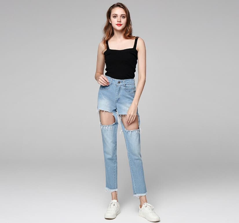 21 Best Women's Jeans 2022 That Are Currently Trendy