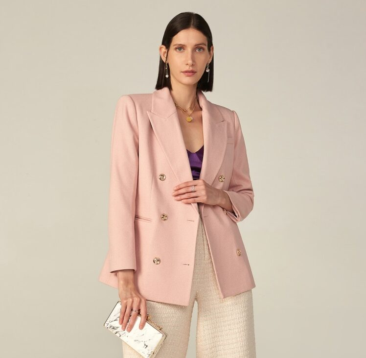 Blazers for Women 2022: 22 Best Outfit Inspirations