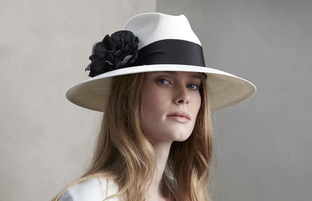 Women's Hats 2022: 16 New Amazing Trends