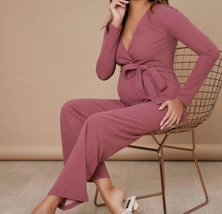 Maternity Clothes 2022: Fabrics