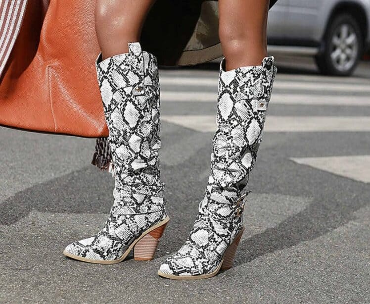 Women's Winter Shoes 2022: Boots with Prints
