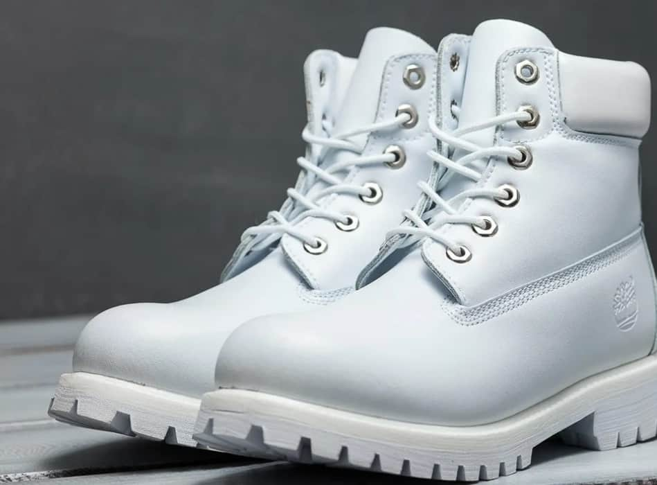 White Boots 2022