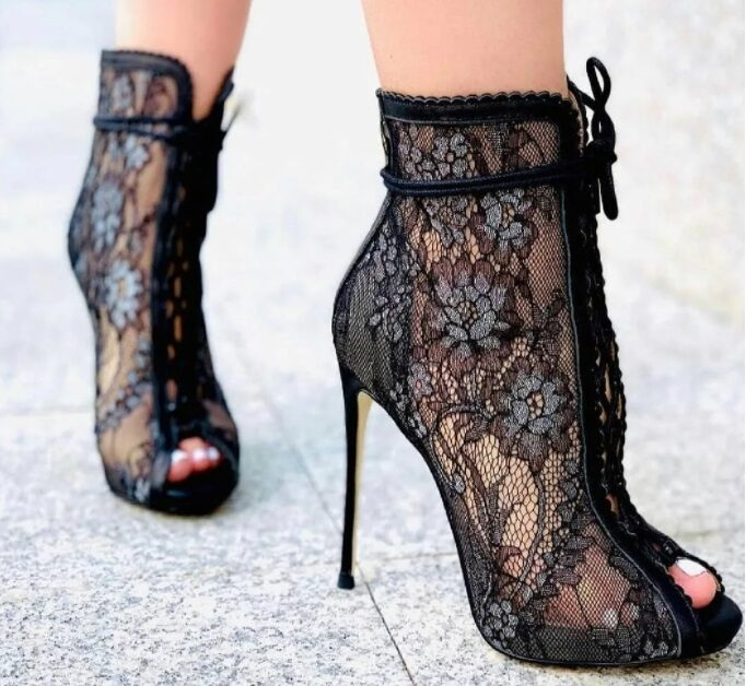 Lace Boots 2022